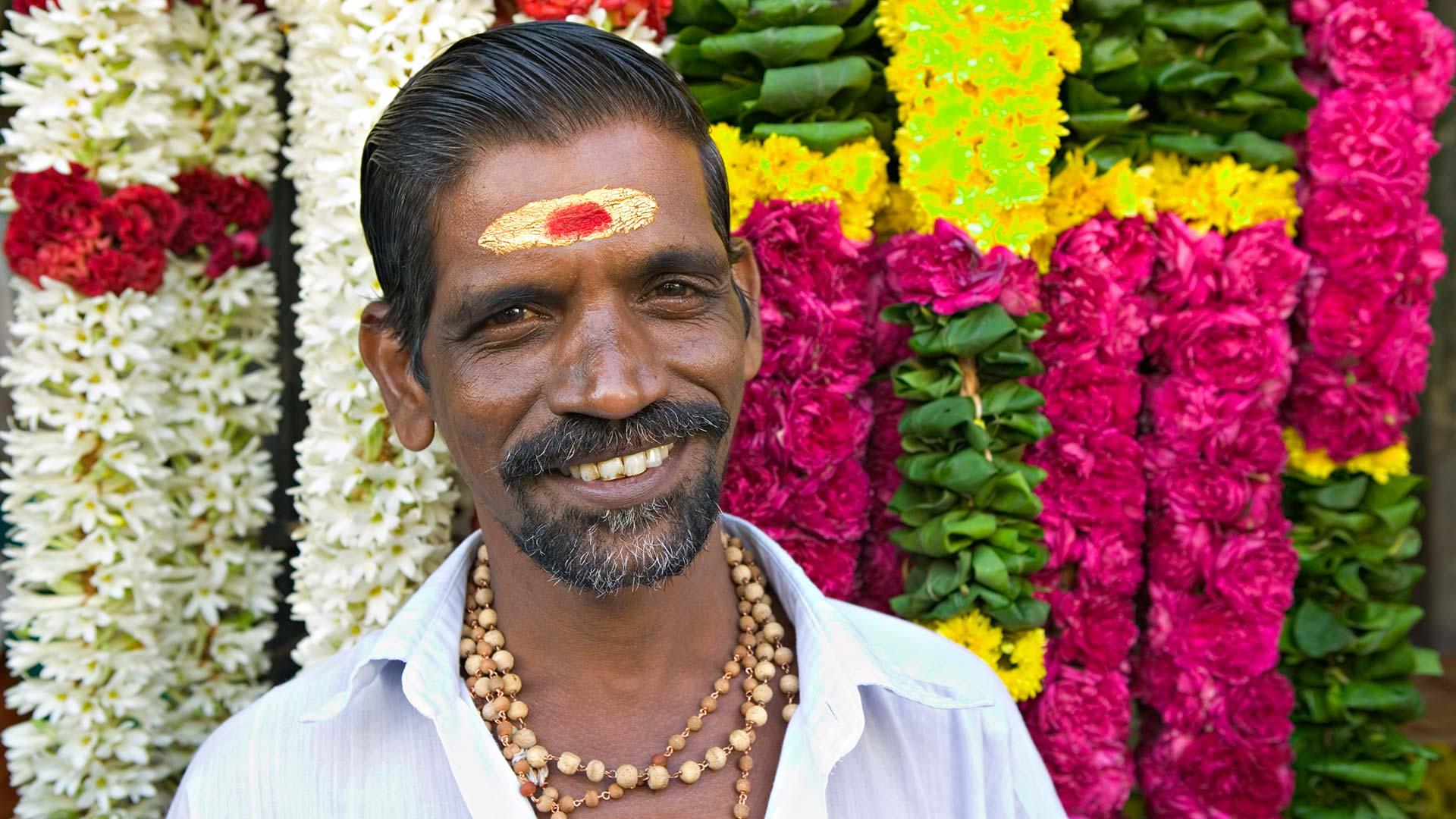 Flower seller at the Kapaleeshwarar Temple in Chennai, India