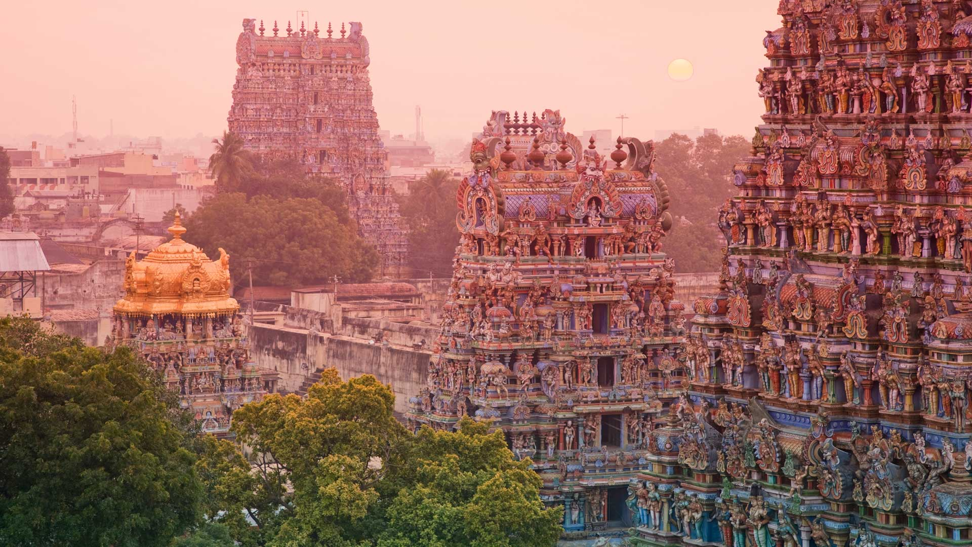 The Sri Meenakshi Temple in Madurai sunset, India with GeoEx