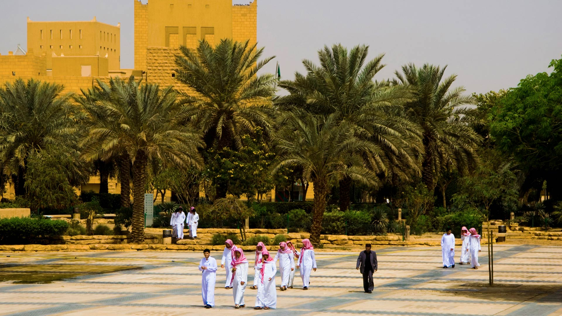 Students in front of National Museum in Riyadh, Saudi Arabia