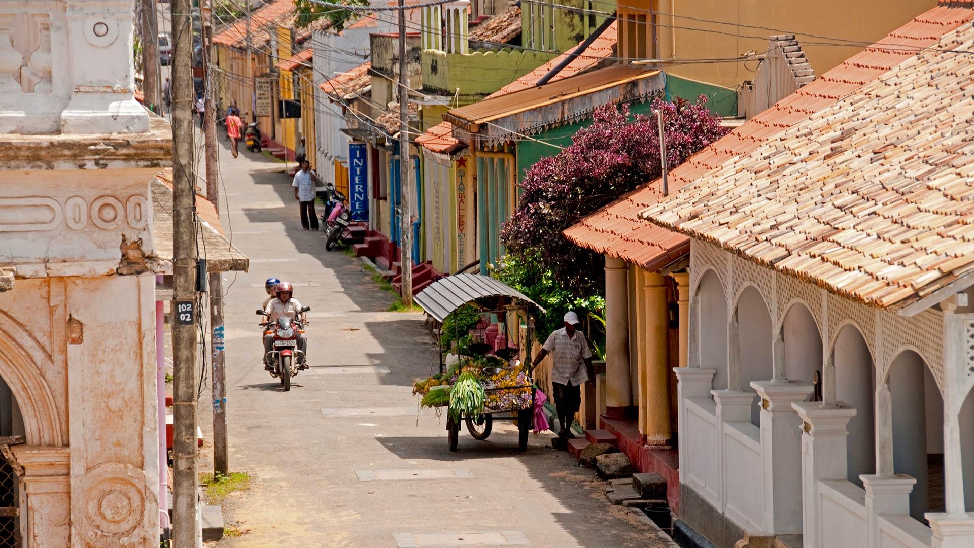 Street scene in Galle, Sri Lanka