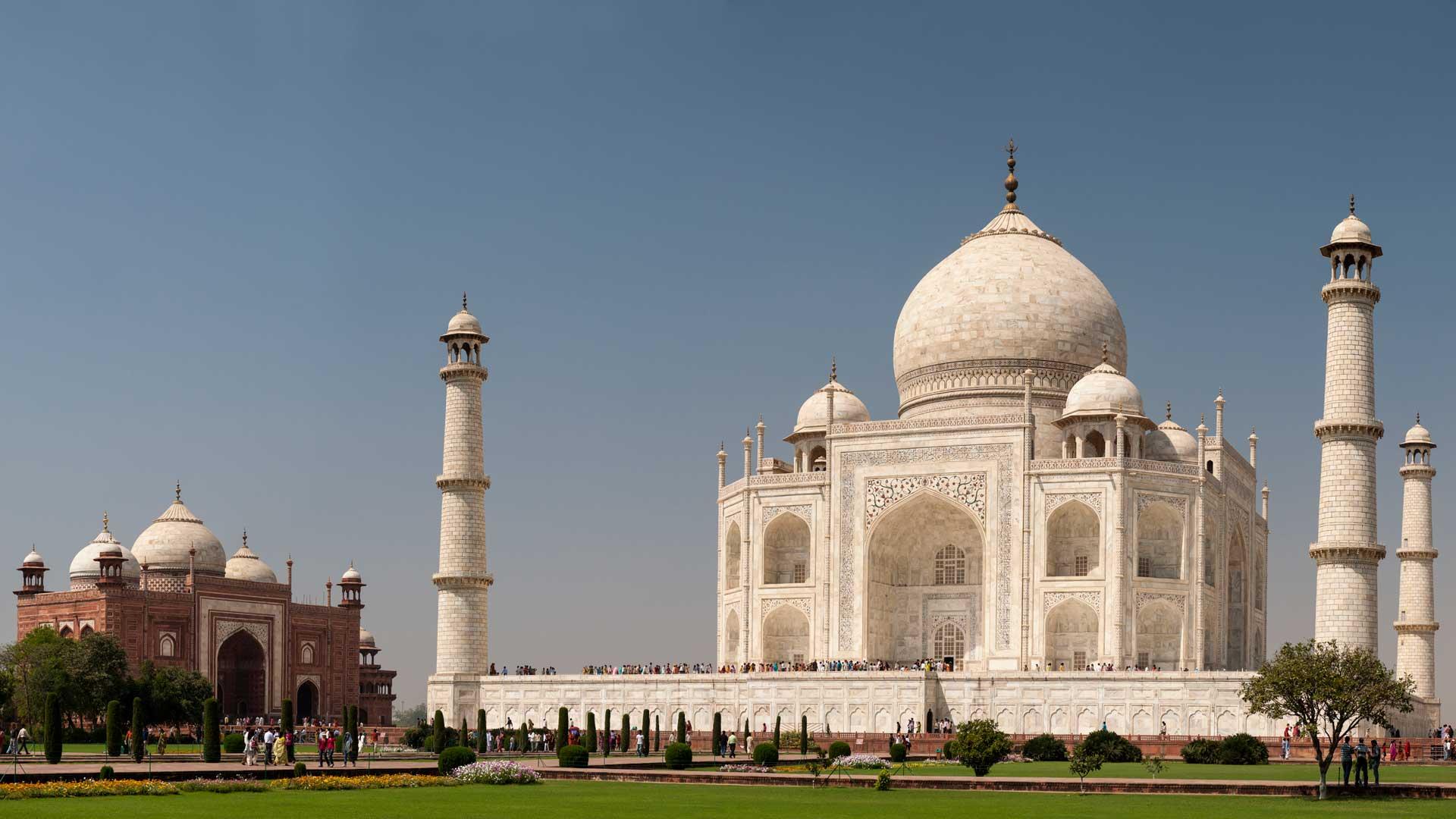 The glorious Taj Mahal in Agra, India with GeoEx