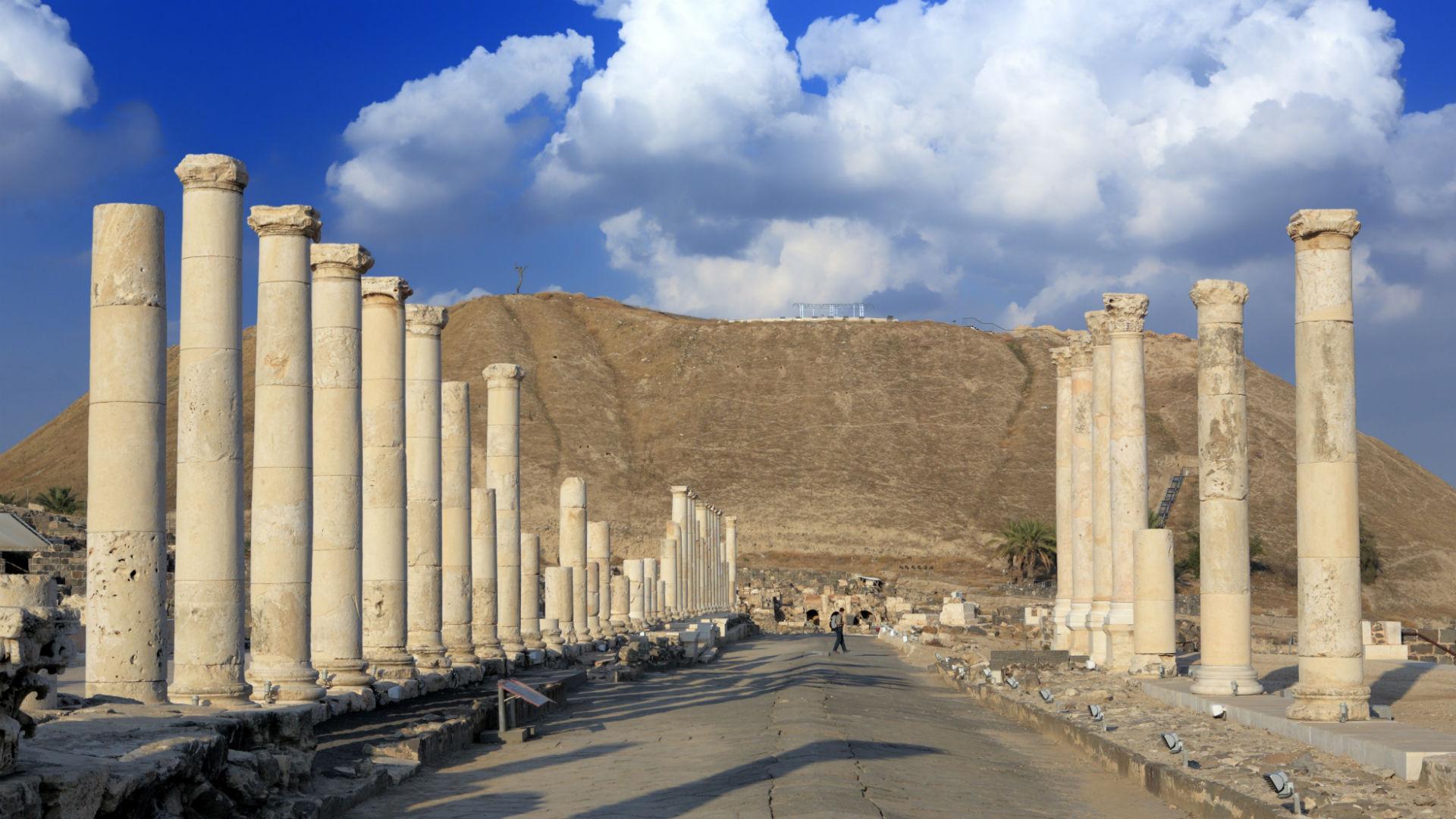 Ruins of ancient city of Scythopolis (2 century AD), Beit She'an, Israel