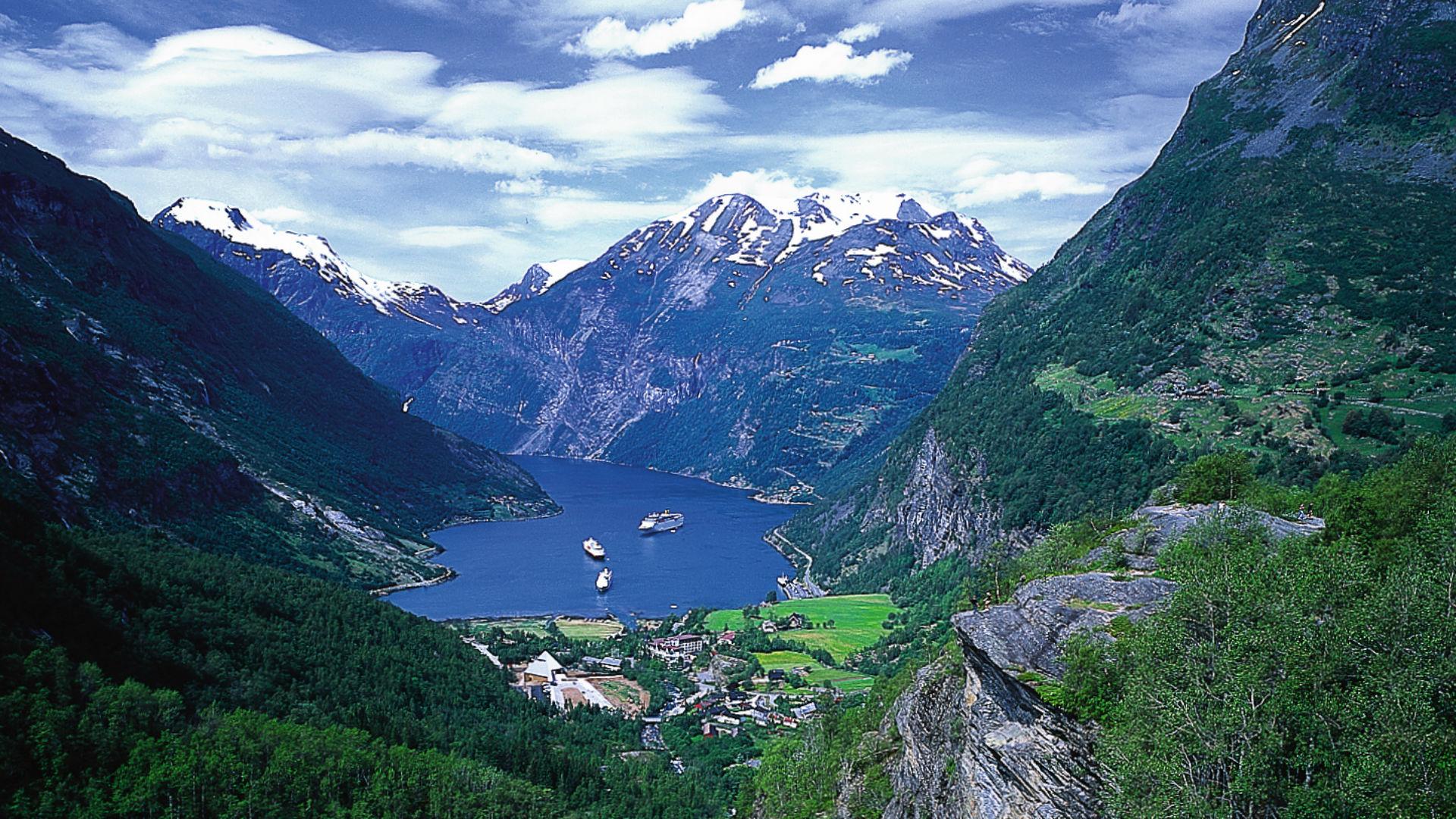 Geiranger Flydalsjuvet in Norway