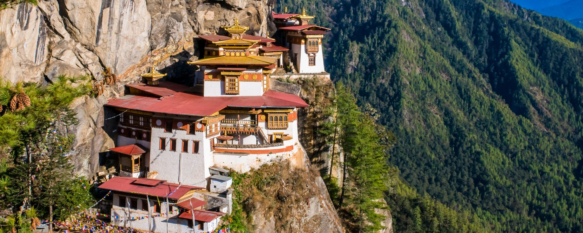 Taktsang monastery (Tiger's Nest) hanging in the cliffs, Paro, Bhutan