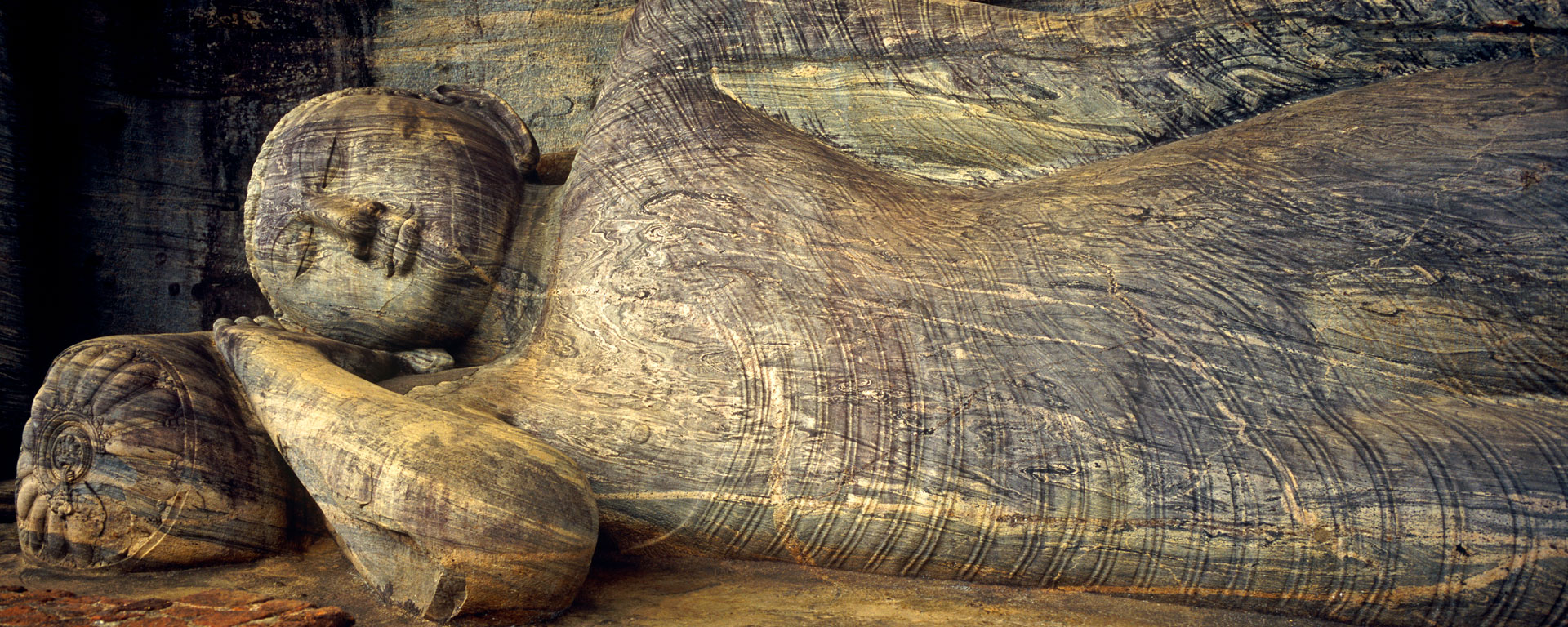 Recumbent Buddha in the Cave of the Spirits of Knowledge, Polonnaruwa, Sri Lanka