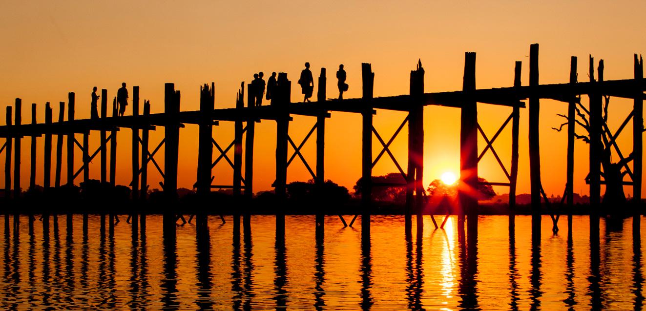 Sunset at the teak U Bein Bridge, Myanmar