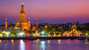 Wat Arun, the Temple of Dawn, at sunset, Bangkok, Thailand