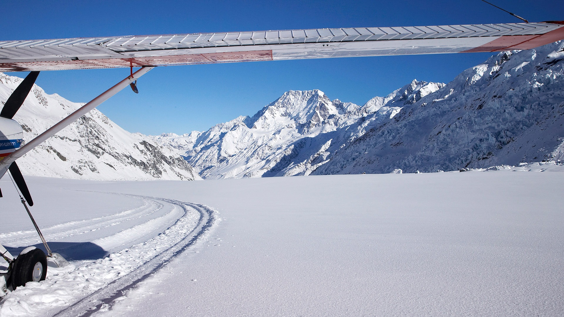 Ski Plane on Tasman Glacier, Aoraki-Mt Cook National Park, New Zealand